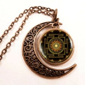 Sri Yantra Dancing Shiva Nataraja  Moon Necklace